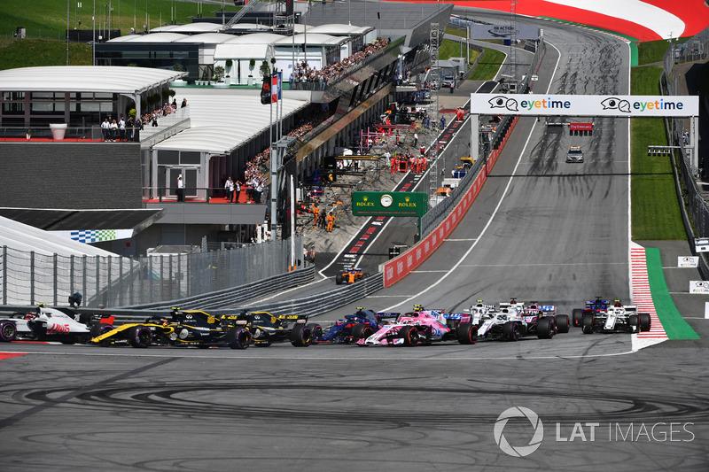 Carlos Sainz Jr., Renault Sport F1 Team R.S. 18 au départ de la course
