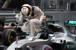 Sieger Lewis Hamilton, Mercedes AMG F1 W07 Hybrid