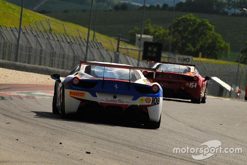#108 Scuderia Niki, Ferrari 458: Deborah Mayer