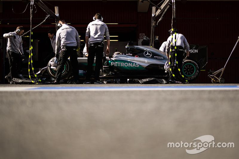 #6: Mercedes F1 W07: Lewis Hamilton