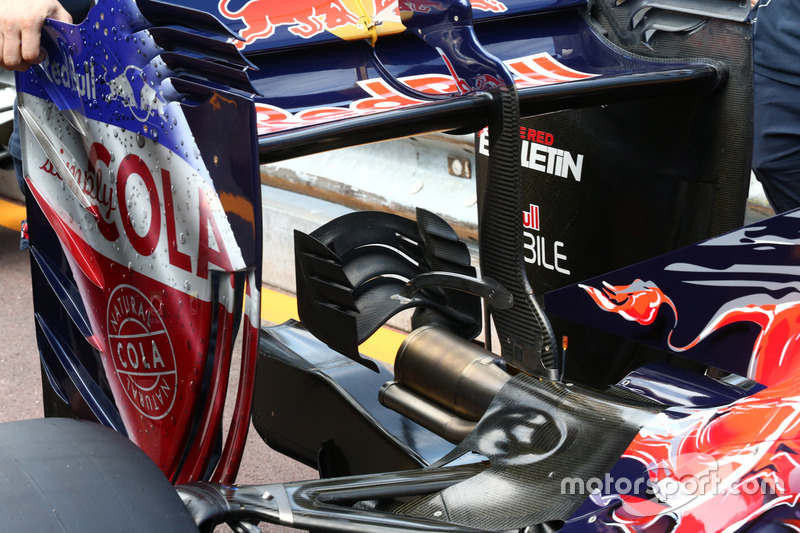 Toro Rosso STR11, Heckflügel