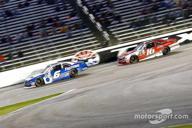 Darrell Wallace Jr., Roush Fenway Racing Ford and Ryan Reed, Roush Fenway Racing Ford