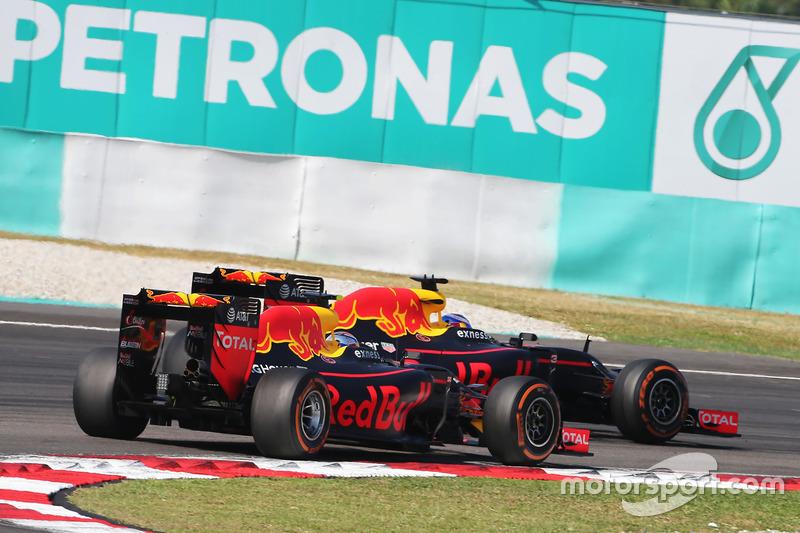 Den Sieg machen Daniel Ricciardo und Max Verstappen unter sich aus