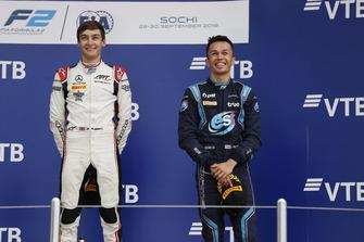 Podio: il vincitore della gara George Russell, ART Grand Prix, il terzo classificato Alexander Albon, DAMS