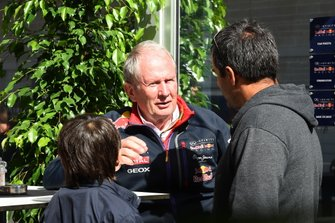 Juan Pablo Montoya, with his son Sebastian Montoya, and Dr. Helmut Marko, Red Bull Motorsport Consultant