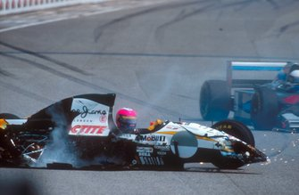 Crash: Pedro Lamy, Lotus 107C