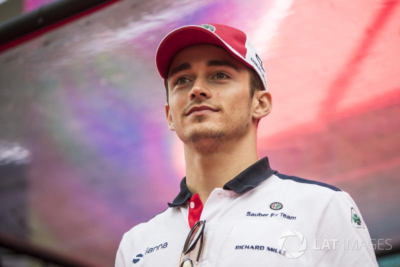 Los buenos resultados acercaron a Leclerc a Ferrari, y su nombre, era el elegido para 2019.