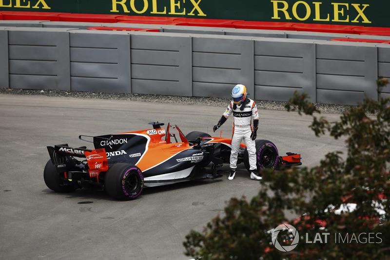 Buen rendimiento pero problemas en su regreso a la F1