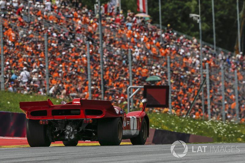Jean Alesi, Ferrari 512S on the Legends Parade