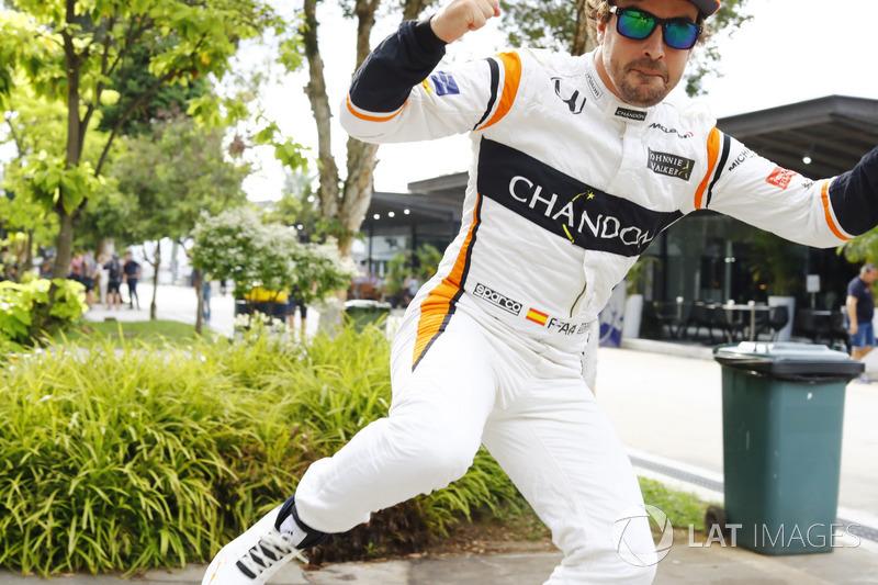 Fernando Alonso, McLaren, jumps through the frame