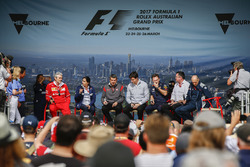 Maurizio Arrivabene, Team Principal, Ferrari, Monisha Kaltenborn, Team Principal and CEO, Sauber, Guenther Steiner, Team Principal, Haas F1 Team, Toto Wolff, Executive Director (Business), Mercedes AMG, Christian Horner, Team Principal, Red Bull Racing, Er