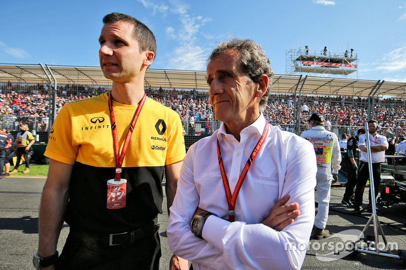 Remi Taffin, Renault Sport F1; Alain Prost, Renault Sport F1 Team