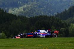 Daniil Kvyat, Scuderia Toro Rosso STR12