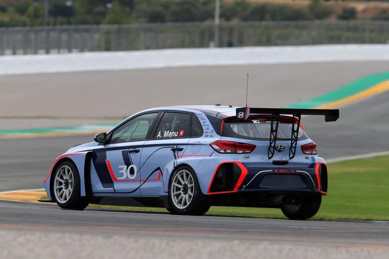 Tests de la Hyundai i30 N TCR à Valencia