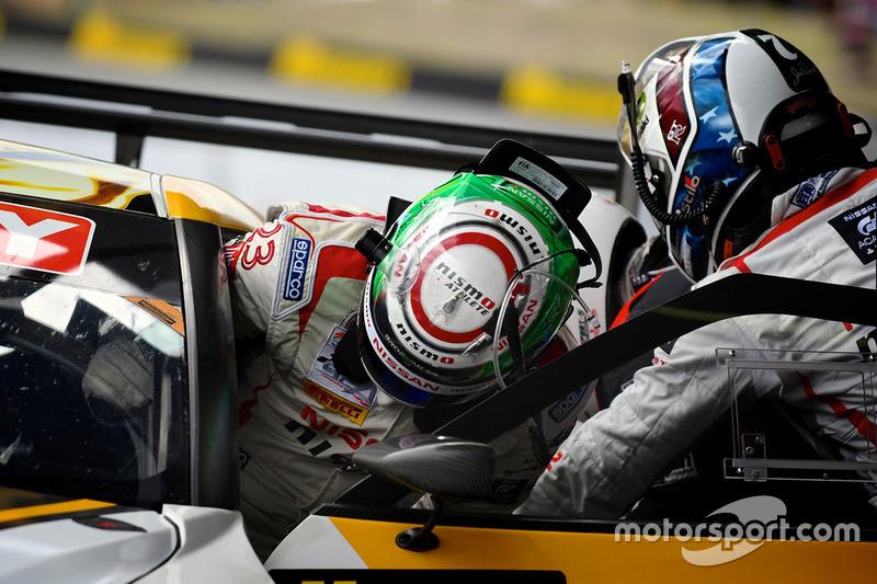 #24 Nissan Motorsport, Nissan GT-R Nismo GT3: Florian Strauss, Todd Kelly