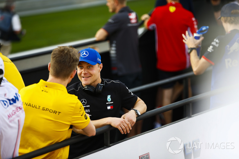Nico Hulkenberg, Renault Sport F1 Team, Valtteri Bottas, Mercedes AMG F1