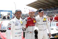 El ganador de la carrera René Rast, Audi Sport Team Rosberg, Audi RS 5 DTM, segundo Gary Paffett, Mercedes-AMG Team HWA, tercero Paul Di Resta, Mercedes-AMG Team HWA