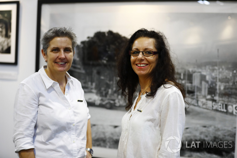 Fiona Fallon and Zoe Schafer on the LAT stand