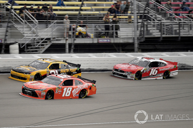 Kyle Busch, Joe Gibbs Racing, Toyota Camry Maltesers, Daniel Hemric, Richard Childress Racing, Chevrolet Camaro South Point Hotel & Casino, and Ryan Reed, Roush Fenway Racing, Ford Mustang Drive Down A1C Lilly Diabetes