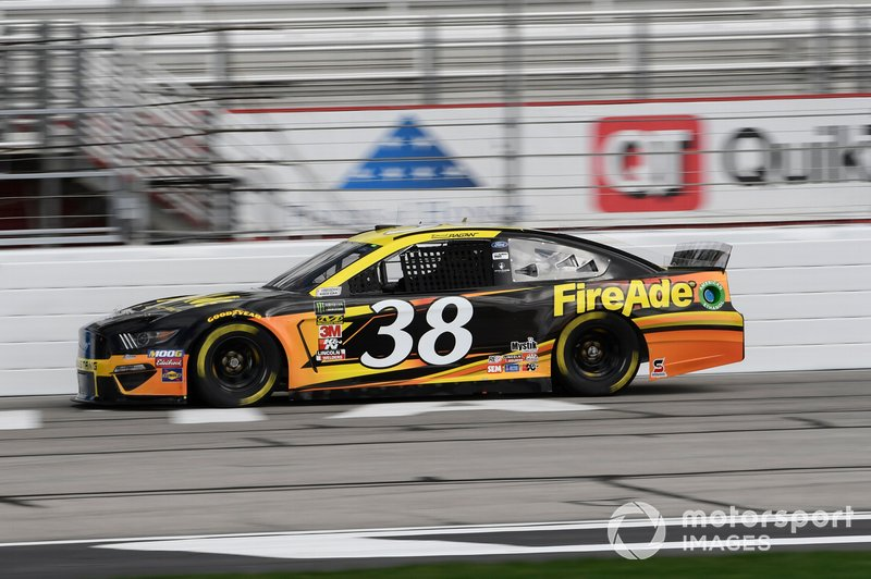 23. David Ragan, Front Row Motorsports, Ford Mustang FireAde