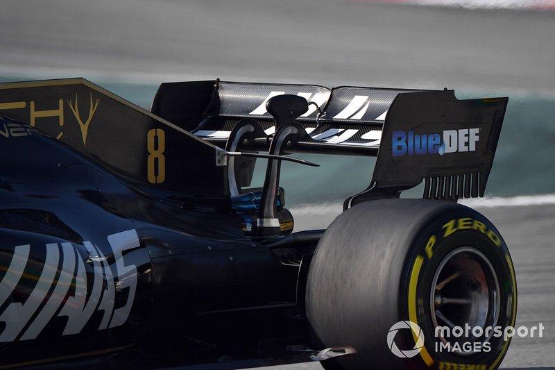 Haas F1 Team VF-19, hátsó szárny