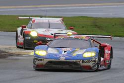 #69 Ford Performance Chip Ganassi Racing, Ford GT: Andy Priaulx, Harry Tincknell, Tony Kanaan; #911