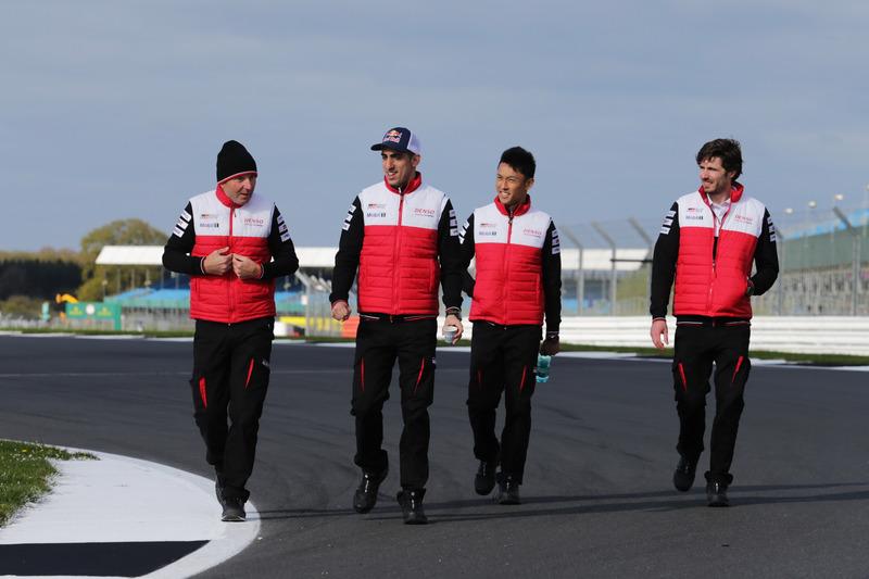 Trackwalk: Sébastien Buemi, Kazuki Nakajima, Toyota Gazoo Racing