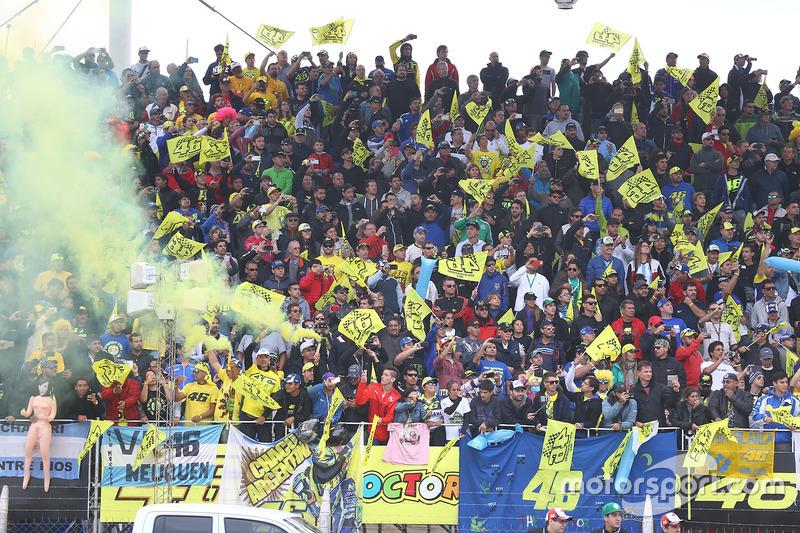Уболівальники Аргентини ще раз привітали свого кумира Валентино Россі