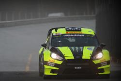 Валентино Россі, Карло Кассіна, Ford Fiesta