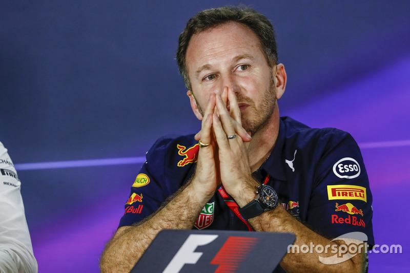 Керівник Red Bull Racing Крістіан Хорнер на прес-конференції