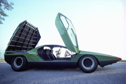 Bertone Carabo, based on Alfa Romeo 33 Stradale