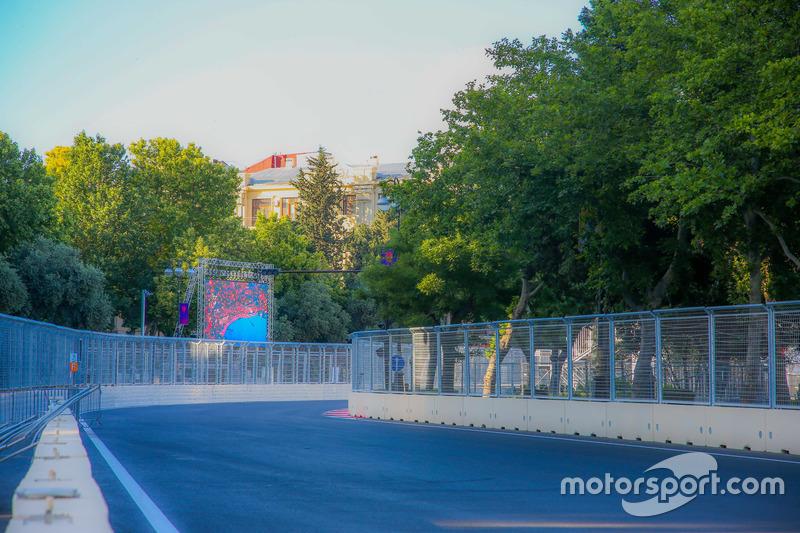 Бакинська траса - поворот 19