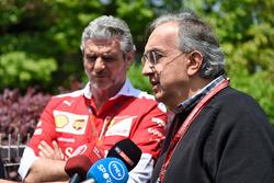 Серджио Маркионне, президент Ferrari и генеральный директор Fiat Chrysler Automobiles и Маурицио Арр