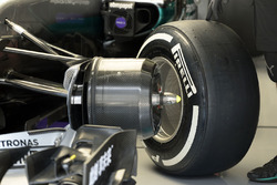 Передняя часть Mercedes AMG F1 Team W07