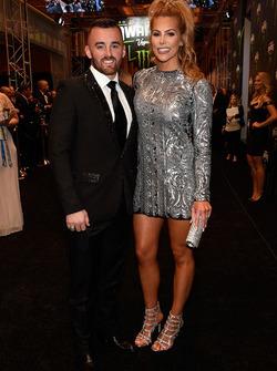 Austin Dillon y su prometida Whitney Ward