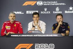 Керівник команди Ferrari Мауріці Аррівабене, керівник Mercedes AMG F1 Тото Вольфф, керівник Red Bull Racing Крістіан Хорнер