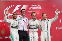 Podium: second place Lewis Hamilton, Mercedes AMG F1, Race winner Nico Rosberg, Mercedes AMG F1, third place Valtteri Bottas, Williams