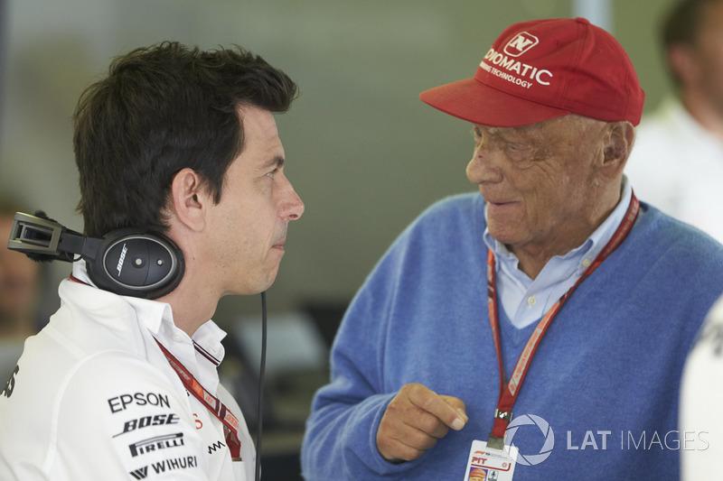 Керівник Mercedes AMG Тото Вольфф, невиконавчий директор Mercedes Нікі Лауда