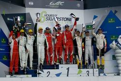 LMGTE Am Podium: Sieger Francois Perrodo, Emmanuel Collard, Rui Aguas, AF Corse; 2. Paul Dalla Lana,