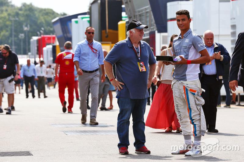 Pascal Wehrlein, Manor Racing with Norbert Vettel, father of Sebastian Vettel, Ferrari