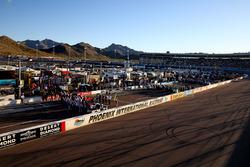 Phoenix International Raceway atmosphere
