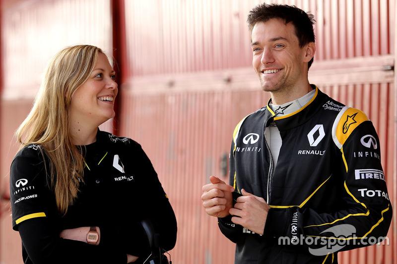 Jolyon Palmer, Renault Sport F1 Team mit  Aurelie Donzelot, Renault Sport F1 Team