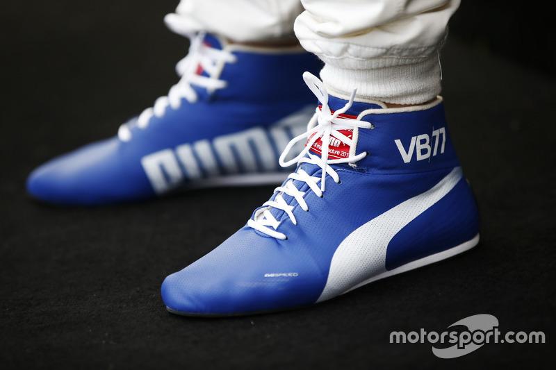f1-australian-gp-2017-racing-boots-belonging-to-valtteri-bottas-mercedes-amg.jpg