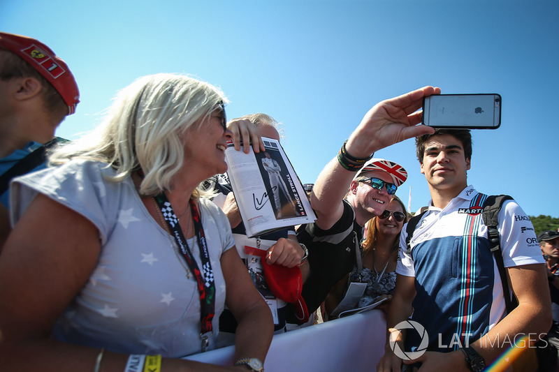 Lance Stroll, Williams, mit Fans