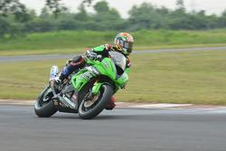 SS600: Azlan Shah, Manual Tech KYT Kawasaki Racing