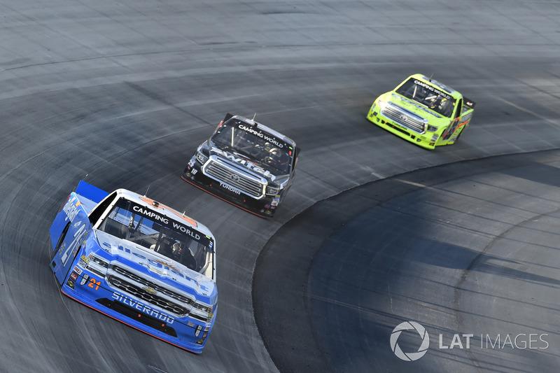Johnny Sauter, GMS Racing, Chevrolet; Noah Gragson, Kyle Busch Motorsports, Toyota; Matt Crafton, ThorSport Racing, Toyota