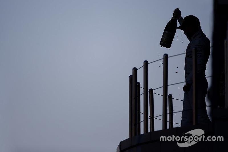 Podium: race winner Valtteri Bottas, Mercedes AMG F1