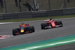 Sebastian Vettel, Ferrari SF70-H and Daniel Ricciardo, Red Bull Racing RB13