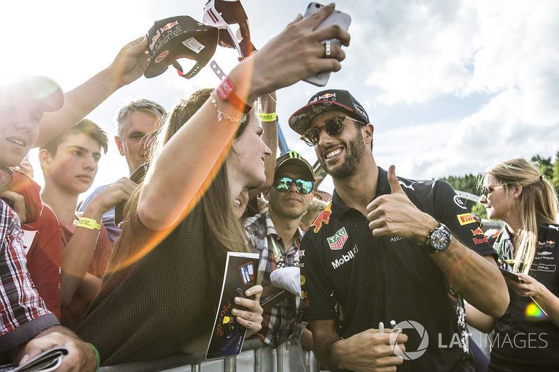 Daniel Ricciardo, Red Bull Racing fans