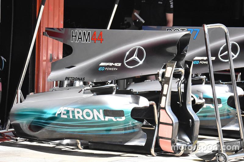 Аеродинамічні елементи задньої частини Mercedes AMG F1 W08
